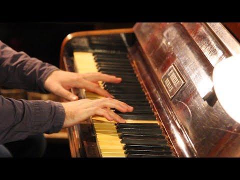 Пианино Херцке середины XIX века после восстановления. Святосла Тырнавский играет Токкату Баха