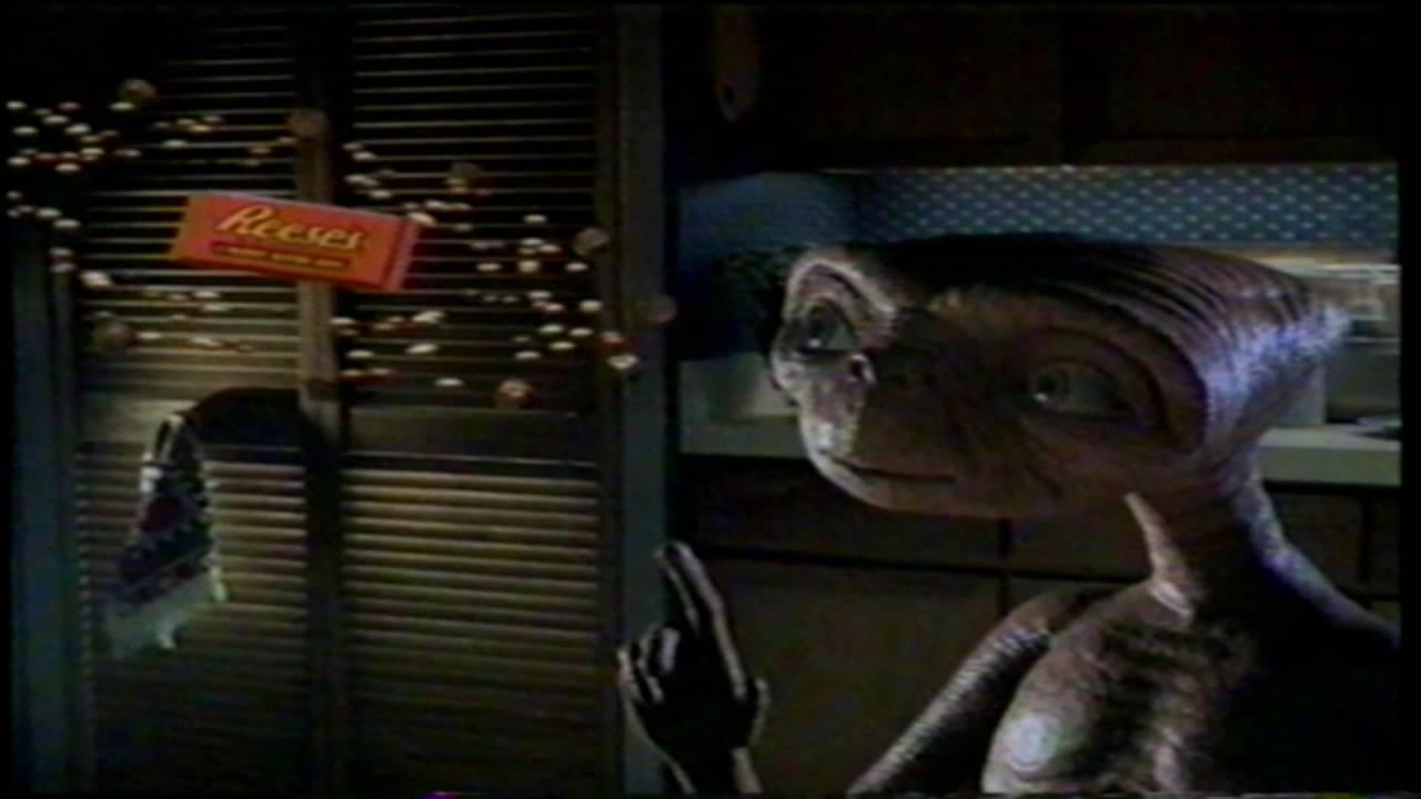 E.T. Reese's Peanut Butter Cup Pieces Chocolate Candy TV ...