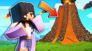 Minecraft but NATURAL DISASTERS happen every MINUTE!