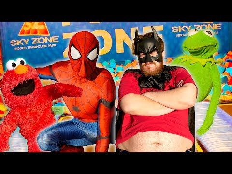 SPIDERMAN TRAINS FATMAN AT SKY ZONE! (Ft Kermit The Frog & Elmo)