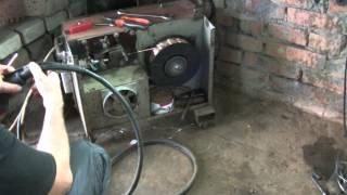 Переделка сварочного рукава полуавтомата . welding . BODY REPAIR(Как переделать сварочный рукав для полуавтомата . Заработать на YouTube от AIR http://www.air.io/?page_id=1432&aff=1983., 2014-08-28T21:46:23.000Z)
