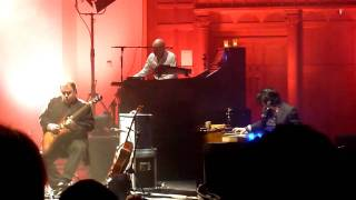 Marillion-Quartz (Live At Cadogan Hall London 7/12/2009)