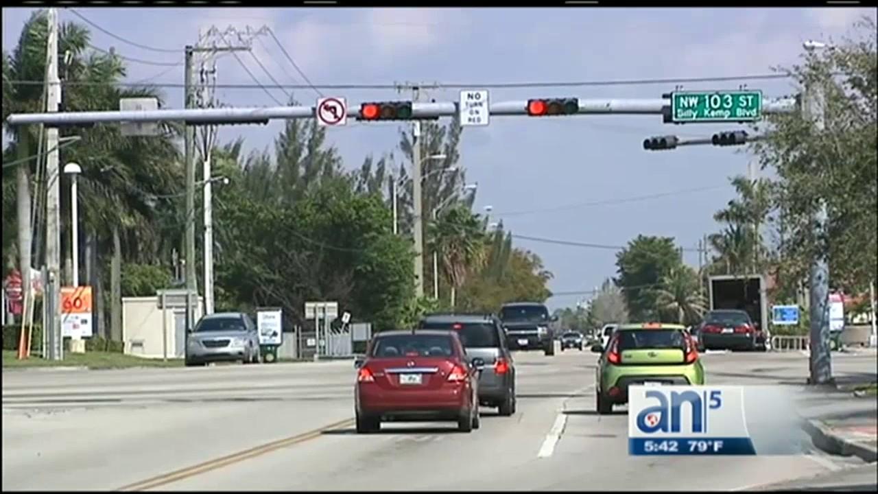 Download Comienzan a funcionar en Miami los semáforos inteligentes para agilizar el tráfico