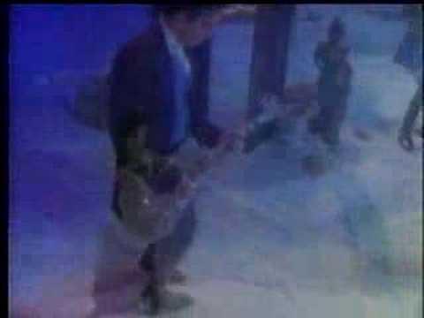 Fetchin' Bones Deep Blue Video