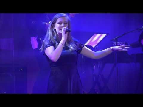"""Yvette Wunderink - Vlieg met me mee ( Show Karin Bloemen """"Volle Bloei"""" 2017 )"""