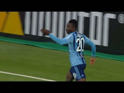 MÅL: Sam Johnson hinner före Martler - stöter in 1-0 till DIF - TV4 Sport