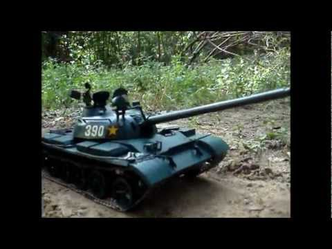 Papercraft T-54 paper model in demonstration.wmv