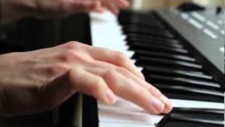 Yiruma - River Flows In You - Twilight Theme [Edward Cullen - Bella