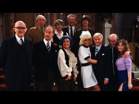 Are You Being Served S09E04 Calling All Customers
