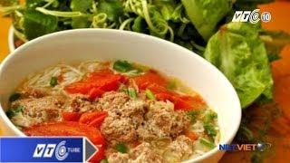Học cách nấu bún riêu đúng kiểu Hà thành | VTC