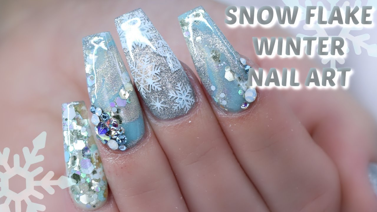 SNOW FLAKE WINTER THEMED NAILS | COLLAB WITH TALIA'S NAIL ...