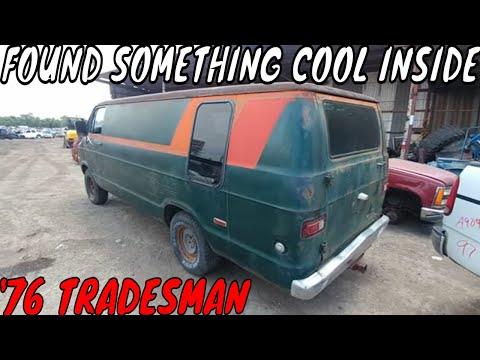 1976 Dodge Tradesman 200 Van Junkyard Find