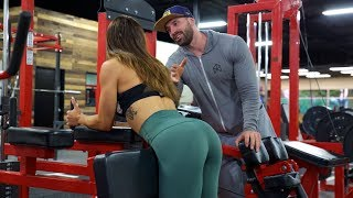 HITTING ON GIRLS AT ZOO CULTURE!