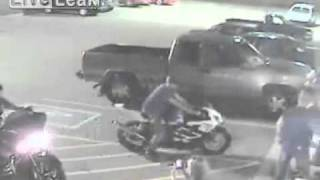 Total loser fails hard on a Harley
