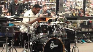 (st.louis) 2011 Guitar Center Drum Off