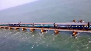 Top 10 Dangerous Railway Bridges in the World thumbnail