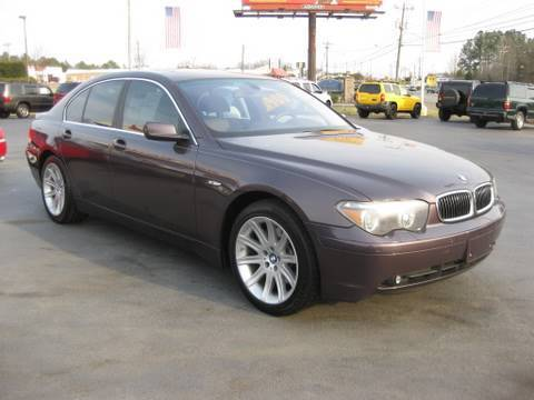 2003 BMW 745i Start Up, Engine, In Depth Tour, and Features