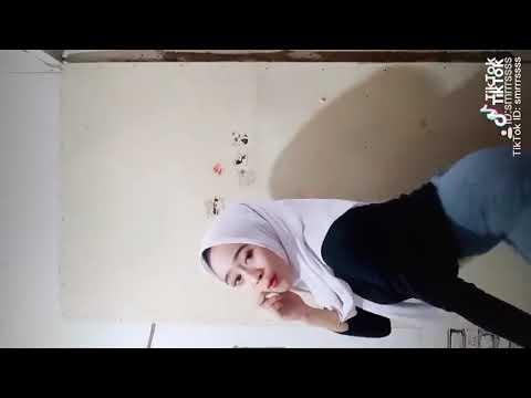 Tiktok Sma jilbab hot gede banget part 2
