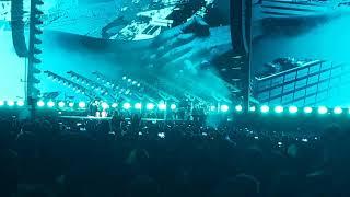 Roger Waters- Comfortably Numb solo (La Plata 2018)(Pink Floyd)