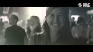 Смотреть клип Dave202 - Cyclone
