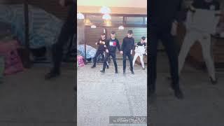 抖音社會搖 火紅的視頻搭上精巧的舞蹈 跟著音樂旋律動起來  first 1 thumbnail
