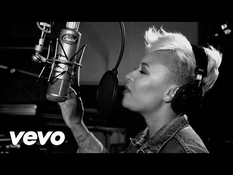 Emeli Sandé - Next to Me (1 Mic 1 Take)