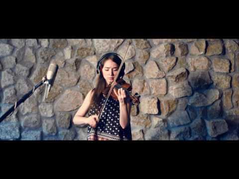 Peter Sarik Trio feat. Petra Varallyay – Innocent Love