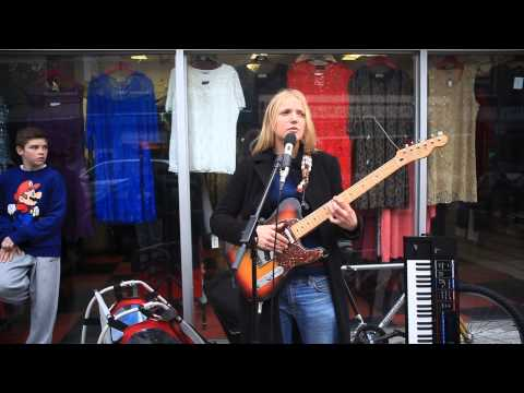 """The Musical Slave - """"Cold Wind Blowing"""", live from Meath Street, Dublin 8"""
