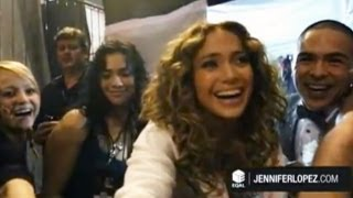 Jennifer Lopez's Pre-Show Prayer Circle