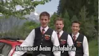 Die Grubertaler-Du darfst beim Autofahrn nit auf die Mädls schaun(HQ with lyrics)
