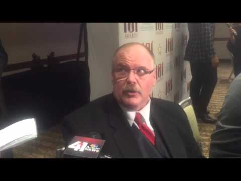 Chiefs coach Andy Reid explains his recent knee issues