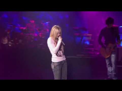 Avril Lavigne - Losing Grip (Live)