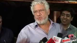 Actor Om Puri Sings A Punjabi song !