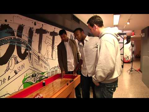Upton, Young face off at MLB Fan Cave
