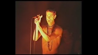 Chip Away - Porno for Pyros play the 1996 Big Day Out Australia
