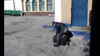 СУПЕР БОЙ!дима шоферов ххх приколы.Харьков ст.Основа
