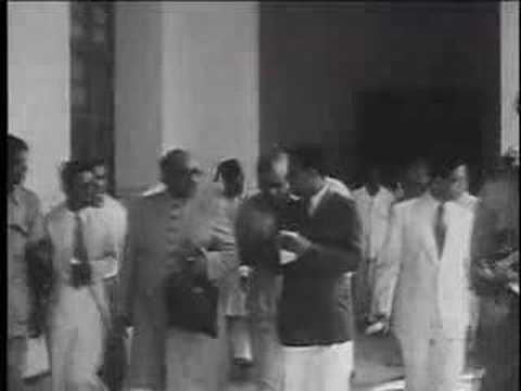 Pakistan New Dominion as India Splits August 14 1947