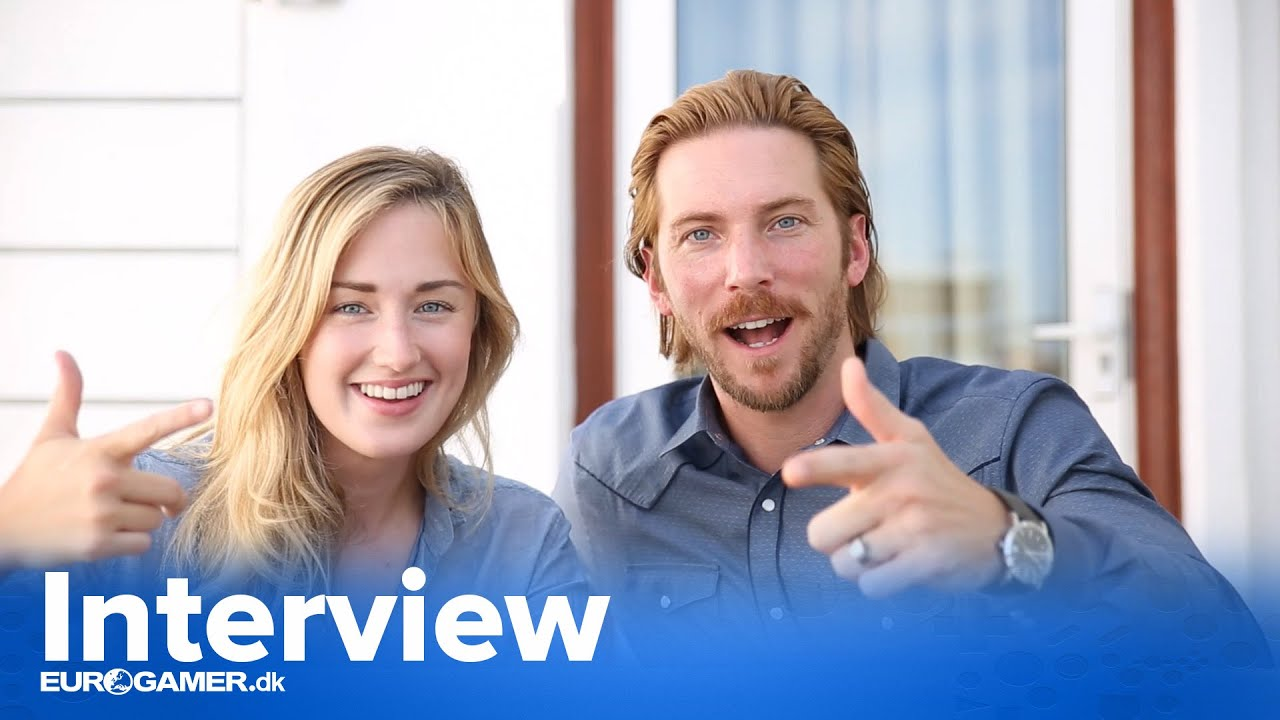 Foto på Troy Baker  & hans vän Ashley Johnson