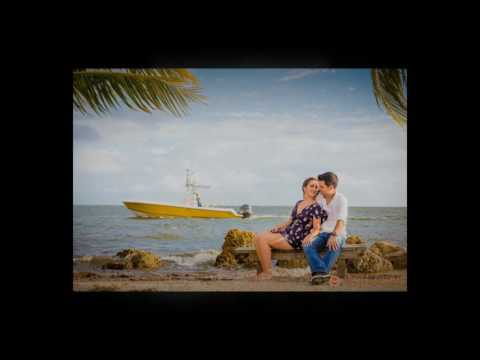 Engagement Session | Matheson Hammock Park | Photography by Santy Martinez
