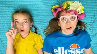 История как Маша и мама устроили дома веселые игры