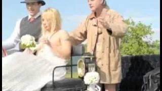 Poroka med Arturjem in La toyo