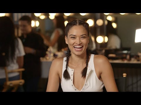 Shanina Shaik Reveals Who Is 'Beyoncé' of Her Squad | GOOD AMERICAN