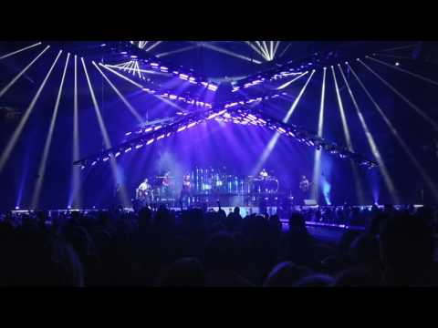 Maroon 5 - Lucky Strike Live From The Bradley Center