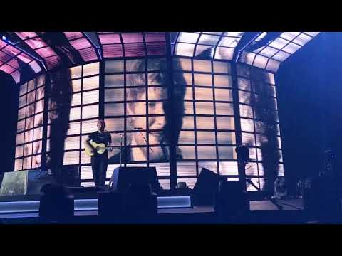 Ed Sheeran Divide Asia Tour Live in Singapore 12 November 2017 - Dive