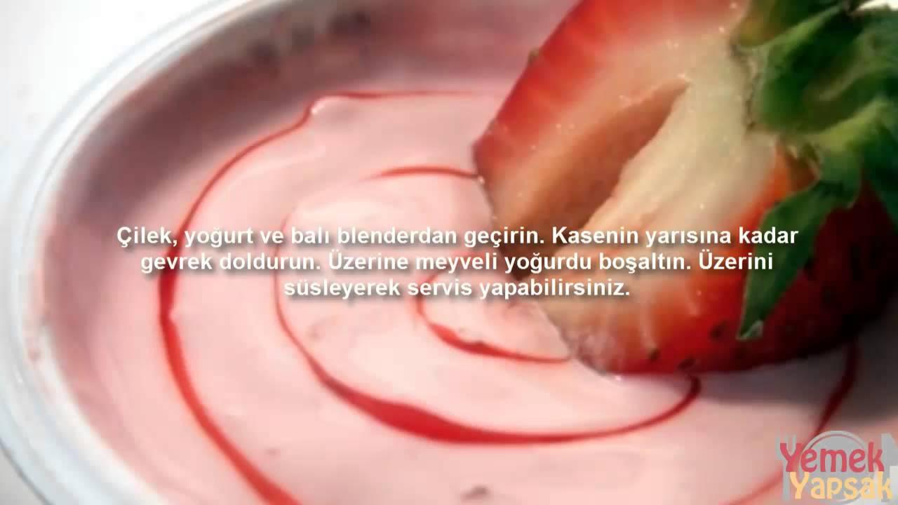 Evde Meyveli Yoğurt Yapımı Çilekli Videosu