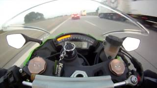 Motorcycle Driving At 300kmh, Gets Passed by Audi RS6