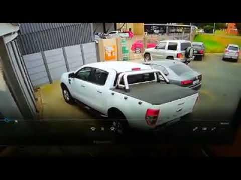 Ford Ranger hijacking Vanderbijlpark গাড়ি ছিনতাই