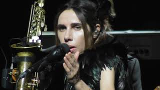 PJ Harvey, live , 10 August 2017, Vienna, Part 1, Chain of Keys + The Ministry of Defence