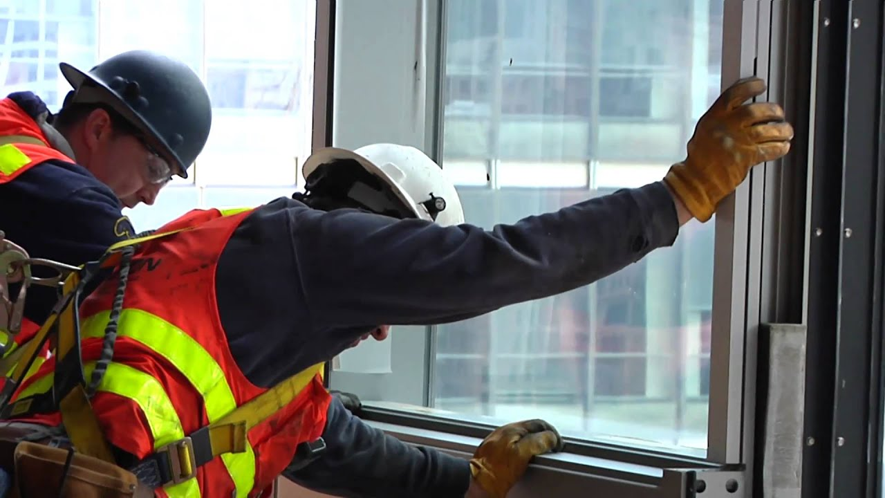 One World Trade Center Glass Installation Youtube