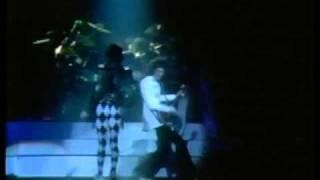 Queen-Brighton Rock Live In Houston 1977